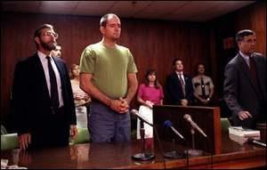 Маньяк Дэниел Гарольд Роллинг в суде.