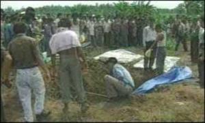 Раскопка жертв маньяка - Ахмад Сураджи.