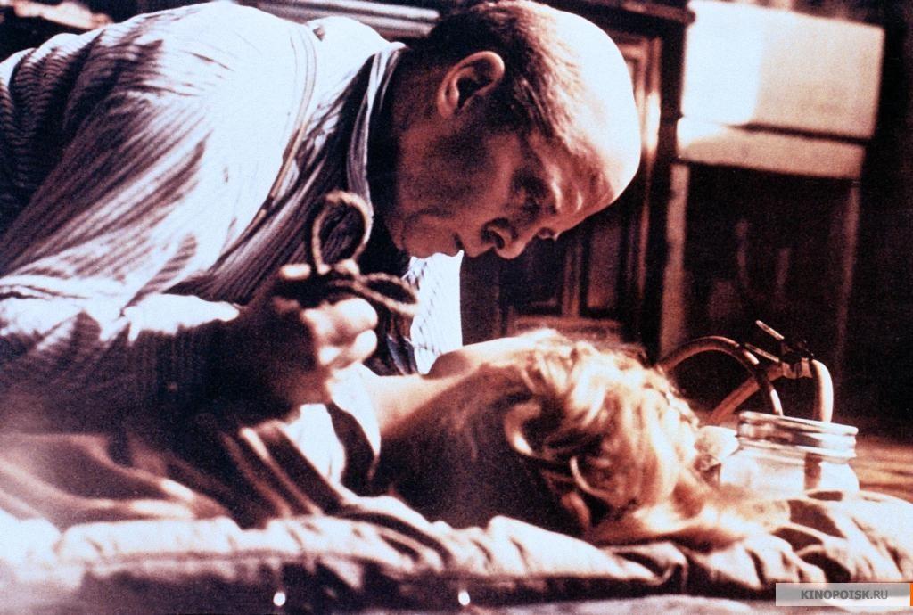 Фильмы про маньяков: Риллингтон Плейс, дом 10. 1970 год. Триллер, криминал, детектив, серийный убийца.