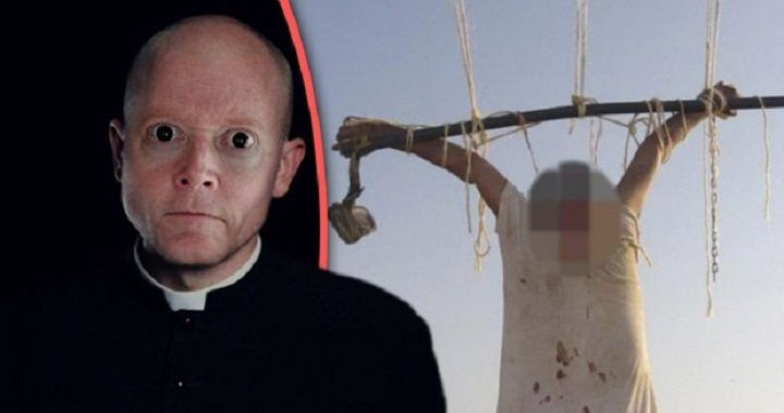 Кланы опасных священников, каждый из которых сексуальный извращенец