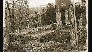 Раскопки захоронений, которые сдела серийная убийца Белль Ганнесс.