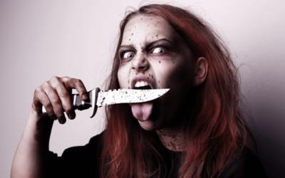 Женщина – серийная убийца пыталась воскресить отца
