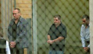 Осужденные убийцы Вагнер, Бантинг и Хейдонво время суда.