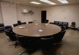 Комната присяжных по делу серийного убийцы Дамера Джеффри.