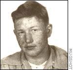 Так выглядел серийный убийцаДжерри Брудос в 17 лет.