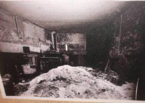 Фото с местапреступления серийного убийцы Марселя Петье.