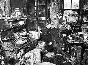 Кухня в жилище маньяка Эдварда Гейна.