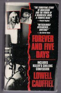 Книга про серийную убийцу Гвендолин Грэхем и ее подручную Кэти Вуд.