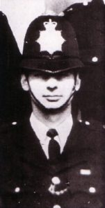 Служба маньяка Денниса Нильсена в полиции.