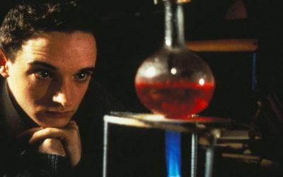 Фильмы про маньяков: Настольная книга молодого отравителя. 1995 год. Триллер, криминал, детектив, серийный убийца.