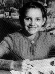 Будущая убийца Розмари Полин Уэст в школе.