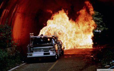 Фильмы про маньяков: На расстоянии удара. 1993 год. Триллер, криминал, детектив, серийный убийца.