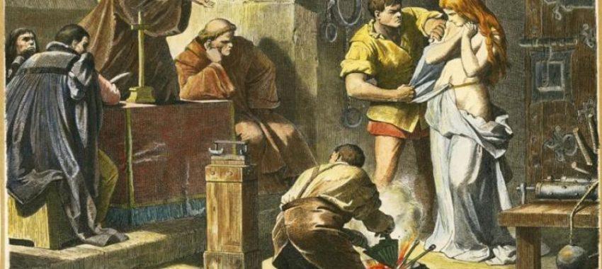 Кровавая История: Соженние ведьм и кодунов