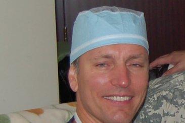 Скандалы и криминал: Доктор Майкл Моковак хотел организовать убийство с помощью «российской мафии»