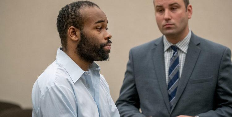 Криминальные новости: Мужчина, сбросивший 5-летнего мальчика с 40-футового балкона, приговорен к 19 годам тюрьмы