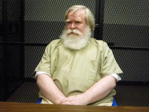 Серийный убийца Ричард Коттингем.