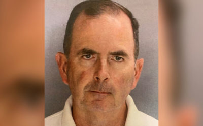 Скандалы и криминал: Священник обвиняется в краже почти 100 000 долларов из церковных пожертвований