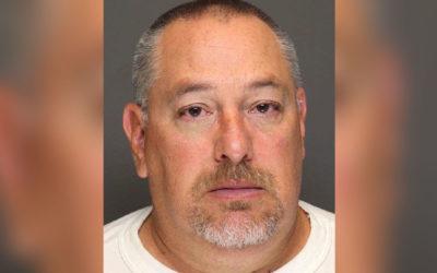 Скандалы и криминал: Сержанта обвиняют в том, что он кормил едой заключенную женщину, в обмен на оральный секс с ее стороны