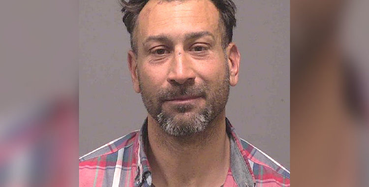Скандалы и криминал: Мужчина воспользовался закрытием ресторана, из-за коронавируса и проникнул в заведение