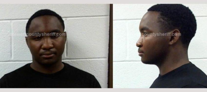 Скандалы и криминал: Полицейские изъяли 15 фунтов марихуаны в машине, принадлежащей солдату, служившему в Форте-Кэмпбелла