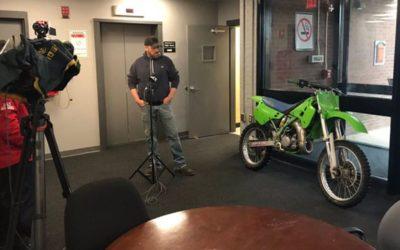 Скандалы и криминал: Владелец мотоцикла воссоединился со своим мотоциклом «Kawasaki»