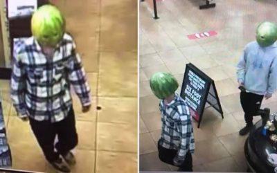 Скандалы и криминал: Двое преступников ограбили магазин в штате Вирджиния, с одетыми на голову масками из арбузов