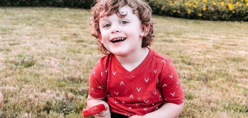Скандалы и криминал: Стало известно, что 3-летний мальчик умер после того, как случайно выстрелил себе в голову