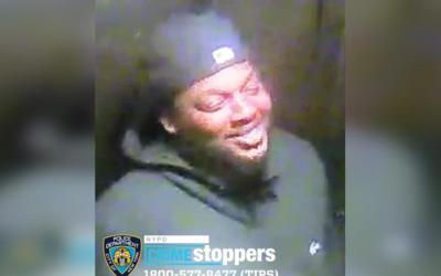 Криминальные новости: Что-то очень развеселило неизвестного мужчину, который открыл огонь по своему 25-летнему оппоненту
