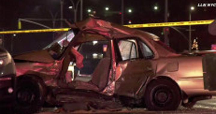 Криминальные новости: Полиция объявила в розыск владельца BMW, который поздним вечером врезался в другую машину