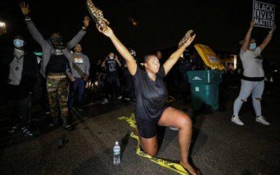 Скандалы и криминал: Смерть афроамериканца, вызвала протесты и беспорядки