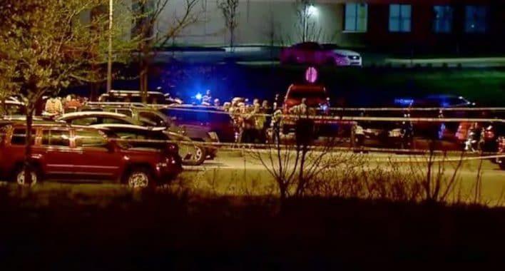 Криминальные новости: По данным полиции 8 человек были убиты после того, как вооруженный преступник открыл огонь на складе FedEx